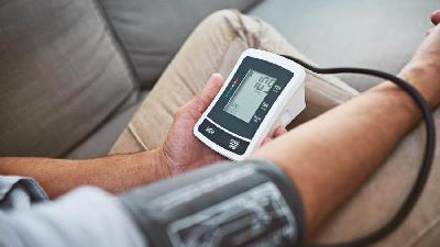 افرادی که فشار خون بالا دارند نباید گل گاو زبان مصرف کنند