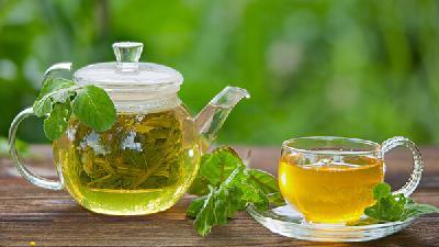 با فواید چای سبز آشنا شوید