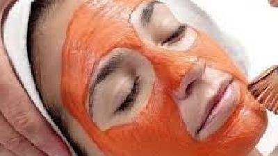 آب گوجه فرنگی برای پوست چه فایده ای دارد