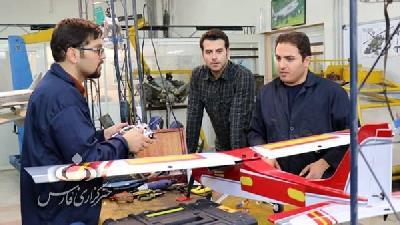 عکسی از تیم جهت در سریال بچه مهندس 3