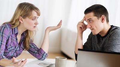 زن وشوهرها چگونه می توانند موقع تصمیم گیری اختلافات را کنار بگذارند