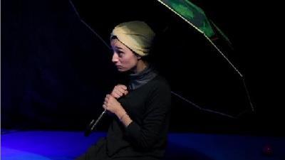آوا درویشی بازیگر نقش آب پری