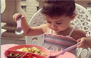 عکسی از دختر شاهرخ استخری