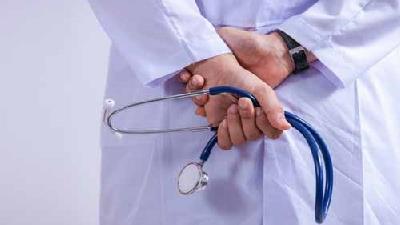زمان مراجعه به پزشک به خاطر حالت تهوع