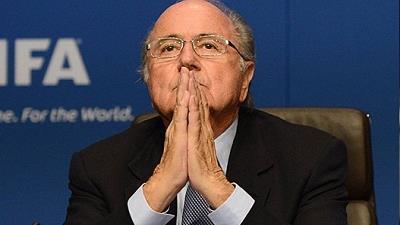 از بین چهرههای مطرح در دنیای ورزش «سپ بلاتر» رئیس سابق فدراسیون بینالمللی فوتبال (فیفا) از سوی «هوپ سولو» دروازهبان تیم فوتبال زنان آمریکا به آزار و اذیت جنسی متهم شد.