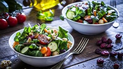 تغذیه مناسب در پیشگیری از پوکی استخوان موثر است