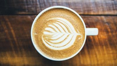 قهوه موکا را در خانه با فرنچ پرس درست کنید