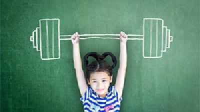 اعتماد به نفس کودکان را چه طور می توانیم بالا ببریم