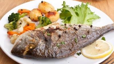 ماهی را با پوست نخورید