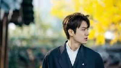 لی مین هو بازیگر کره ای نقش پادشاه لی گون در سریال پادشاه: سلطنت ابدی