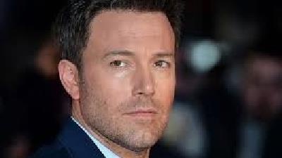 بن افلک بازیگر سابق بتمن در دنیای سینمایی دیسی سومین بازیگر پردرآمد سال ۲۰۲۰ است.