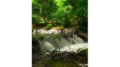 آبشار پیران در منطقه ریژاو تماشایی است