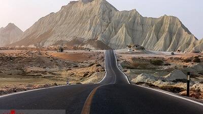 کوه های مریخی چابهار گردشگران زیادی را جذب می کند