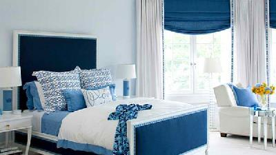 دکوراسیون اتاق خواب با رنگ آبی یخی
