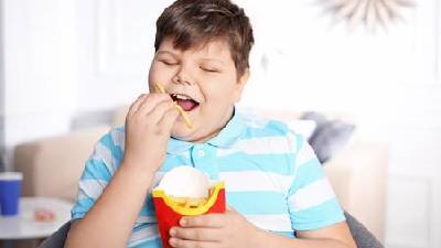 چاقی در کودکان چه عوارضی دارد
