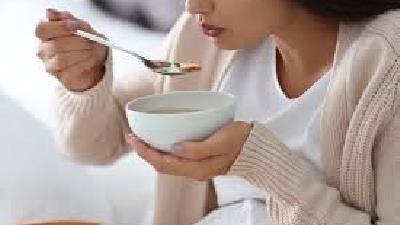 سوپ برای درمان یبوست مفید است