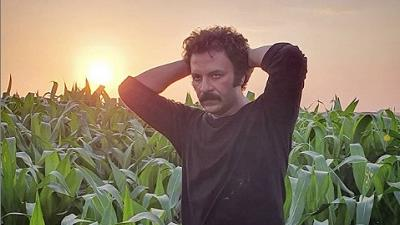 حسام منظور در نقش عبد در سریال نجلا