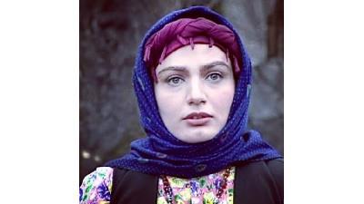 مرجان محتشم نقش خانک کوچیک یا شهربانو را در سریال پس از باران به زیبایی بازی کرد