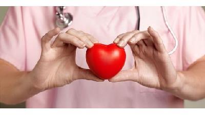 آب هویج به سلامت قلب کمک می کند