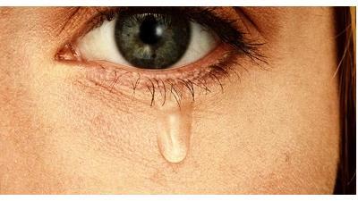 چرا چشم ما دچار آبریزش می شود