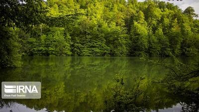 دریاچه میانشه بسیار دیدنی است