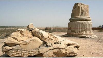 کاخ آپادانی شوش از جمله مکان های تاریخی است که حتما باید ببینید