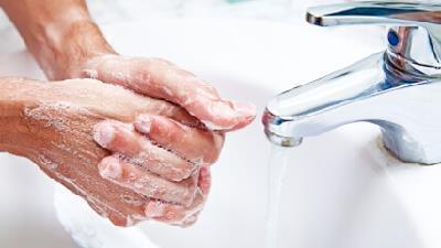شستن دست ها به پیشگیری از سرماخوردگی کمک می کند