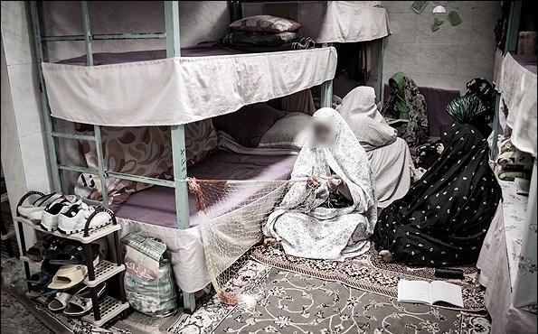 ساخت مهد کودک در زندانها؛ سبب کاهش آسیب کودکان زنان مجرم