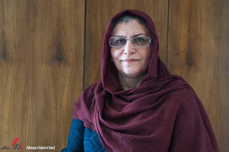زن میانسال با مشارکت اجتماعی به جنگ با سرطان رفته است