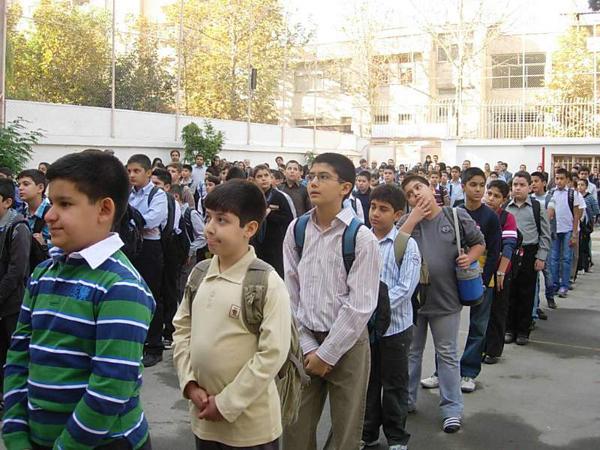«پول»، مشکل مدارس دولتی با مدیریت خصوصی