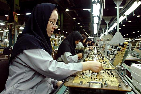 45 درصد زنان فاقد درآمد هستند