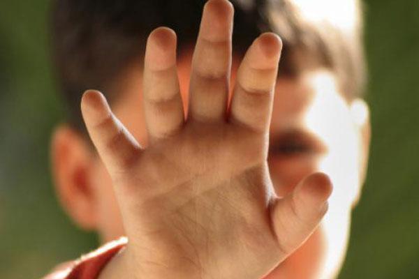 منع بیدلیل آموزشهای لازم جنسی و جهل اطفال؛ زمینهساز تعرض