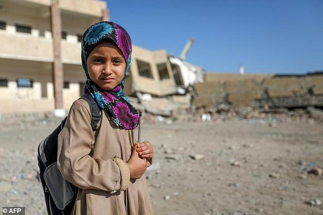 معلمهای بیحقوق، بحرانی دیگر برای ادامه تحصیل کودکان در یمن