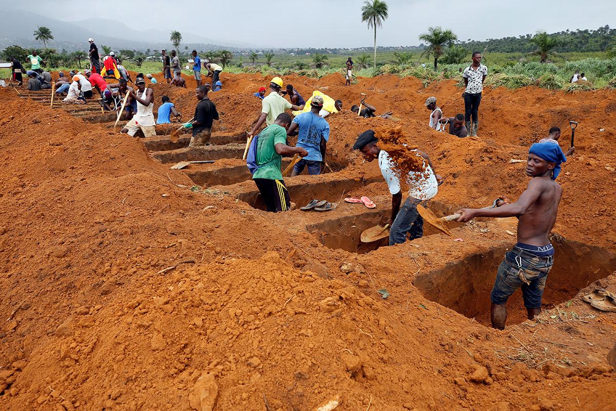 سرگیجه  در سیرالئون از سیلاب گل و لای