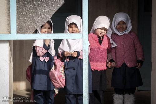ثبتنام کودکان افغانستانی در مدارس دولتی؛ در برزج بیتوجهی