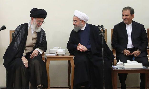 حسن روحانی: قول دادهایم فقر مطلق تا پایان دولت دوازدهم ریشهکن شود