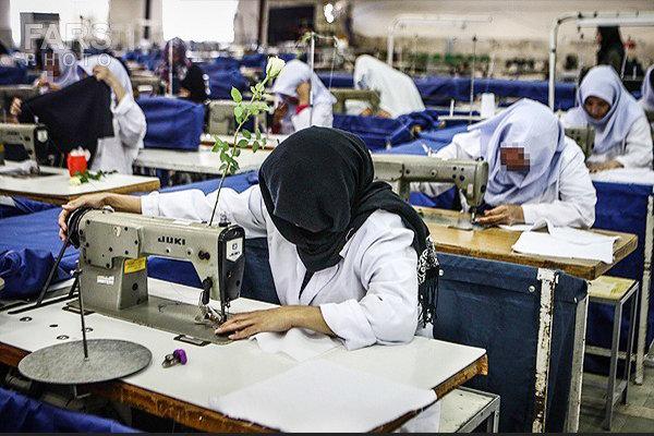 حقوق نصفه و نیمه زنان در بازار کار غیررسمی