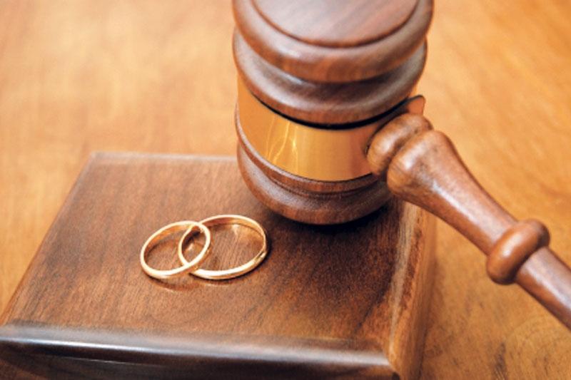 طلاق به دلیل نفرت از شغل شوهر