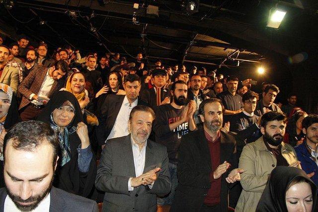 نگاهی به حضور سیاسیون در صحنه تئاتر