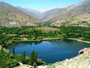 معرفی دریاچههای اطراف تهران برای سفر یک روزه