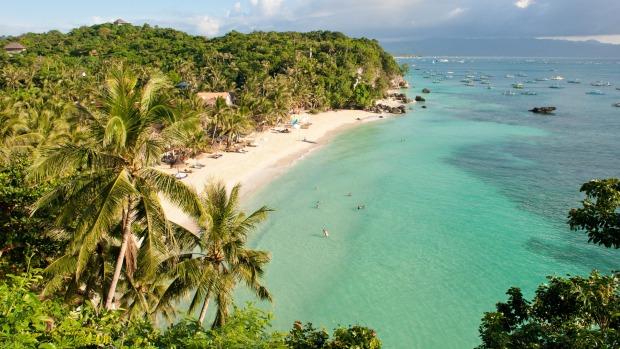 ورود گردشگران به جزیره مشهور فیلیپین برای حفظ محیط زیست ممنوع شد
