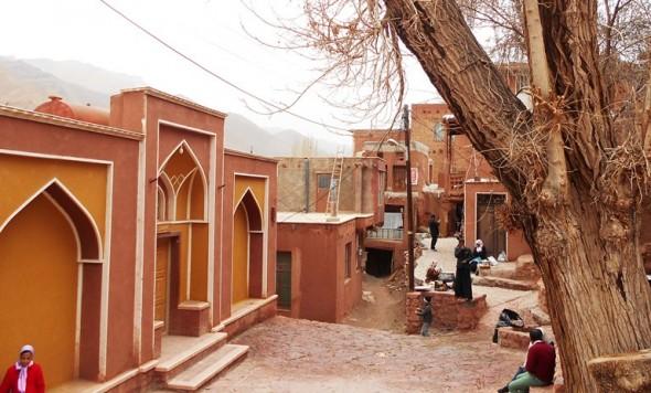 فیلم/ روستای ابیانه استان اصفهان چه جاهای دیدنی دارد