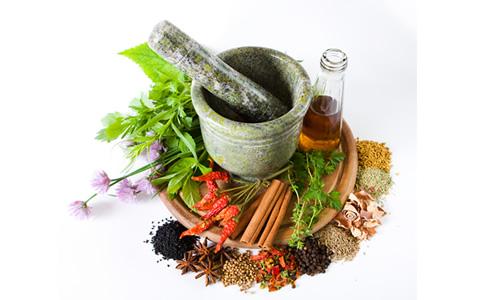 بهترین زمان مصرف عرقیات و داروهای گیاهی چهوقت است