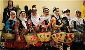 نمایشگاه لباس اقوام ایرانی برپا می شود