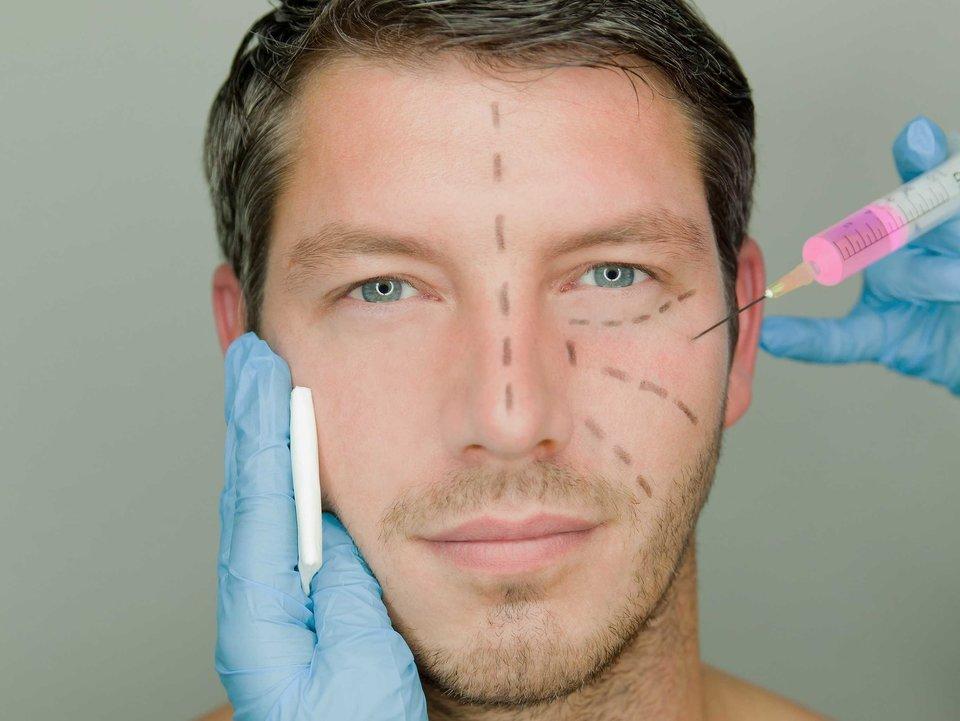 چرا عمل زیبایی در مردان بیشتر شده است