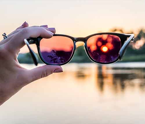 عینک آفتابی استاندارد چه ویژگیهایی دارد