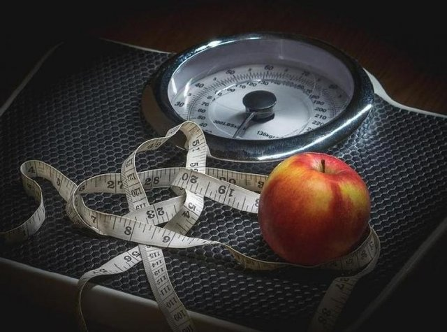راهکارهای طبیعی برای کاهش وزن