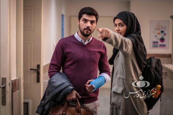 عذرخواهی سینا مهرداد بازیگر نقش حامد در سریال پدر: اتفاقات جذابی در راه است