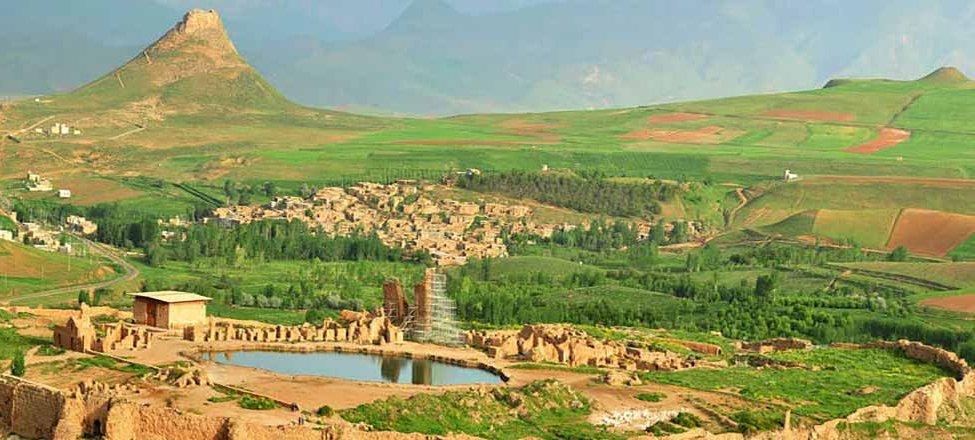 راهنمای سفر به تخت سلیمان ؛ مکانی که هنوز اسرارآمیز است
