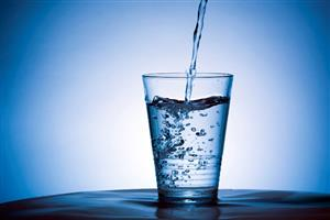 چگونه با مصرف آب لاغر شویم؟